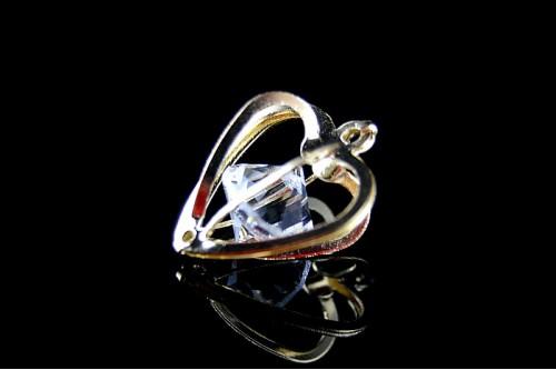 Charm inima cu rhinestone auriu 18x15x11mm